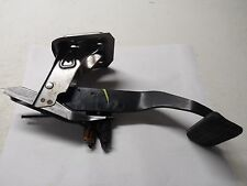 2004 04 05 06 NISSAN MAXIMA SE BRAKE PEDAL LEVER STOP ASSEMBLY