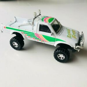 Matchbox Superkings Toyota Hilux 4WD Ute