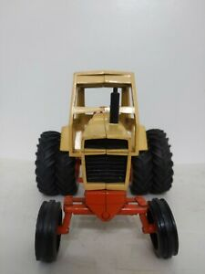 Ertl 1/16 Case Agri King 1070 Tractor Small Spindle