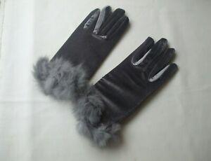 Ladies Soft Velvet Winter Gloves Grey Faux Fur Cuffs Grey New