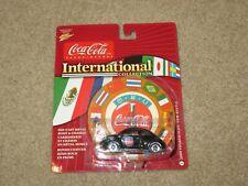 Johnny Lightning Coca-Cola International Collection 2000 Volkswagen VW Beetle