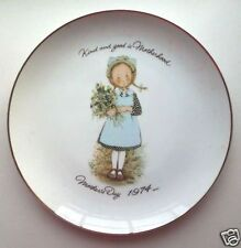 "1974 Holly Hobbie 10.5"" Commemorative Edition Mothers Day Porcelain Plate"