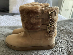 NWOT G by Guess Faux Fur Ankle Boots Tan Women's 9M Winter Shoes Buckle Lace up