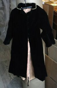 Antique Vintage Fabulous Black Velvet Doll Evening Coat Large P826
