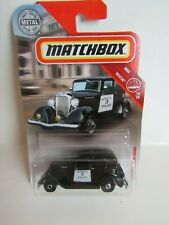 Matchbox 1:64 33 Plymouth Sedan Police Car