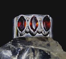 Elegant Silberring 57 Granat Handarbeit Silber Ring Rot Facettiert Modern Breit