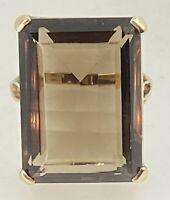 1974 dramatic smokey quartz 11cts Statement ring 9CT gold ring size O 8.69g