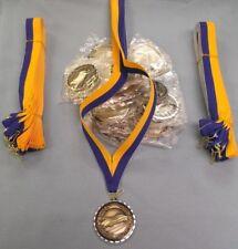 Lot Of 20 Doré Pin Derby Médaille Bleu & or Col Drapé Cub Scout Trophy