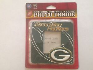 """GREEMN BAY PACKERS MAGNETIC PICTURE FRAME 4"""" X 4"""" NEW ON SEALED CARD"""