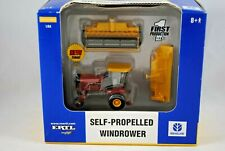 Britains / ERTL NEW HOLLAND HW 345 WINDROWER / SWATHER w/ Working Features MIB