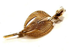 Bijou  plaqué or laminé 18 carats broche perle brooch