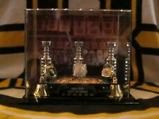 BOSTON BRUINS 3 RING STANLEY CUP CHAMPIONSHIP DISPLAY CASE.