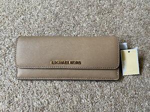 Authentic Michael Kors Jet Set Wallet Tan Gold