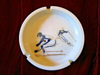 VINTAGE  RARE SKIING / SKIER GLAZED CERAMIC ASHTRAY MIDCENTURY RETRO