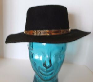 VTG Broner Fedora Men Black Hat Leather Accent Feather Metal Medallion Wool USA