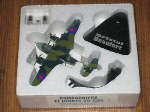 Atlas Flugzeugmodell, Metallmodell 1:144, Bristol Beaufort