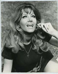 Ingrid Pitt c1970 Press Photo By Tony Rios #2