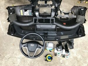 HYUNDAI I20 2011 COMPLETE DASHBOARD AIRBAG KIT WITH ECU DASH AND SEAT BELTS