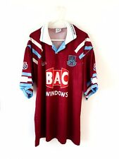 West Ham United Home Shirt 1991. Large. Red Adults Short Sleeves Football Top L.