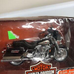 Maisto 1:18 Harley-Davidson Series #3 95th Anniversary Models Motorcycle Auto