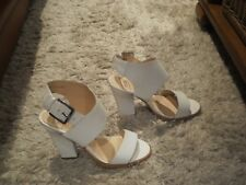 "WOMEN'S RMK ""CYNDA""  WHITE LEATHER OPEN TOE  HIGH HEEL SANDAL  SHOES - SIZE 36/5"
