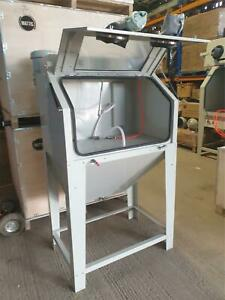 Sand Blast Cabinet New Style SBC350 Includes DC15 Dust Extractor