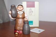 """Thun,Presepe Giubileo """"Ragazza con vasi"""".  Rosso . Altezza 12,5 cm . Nuovo."""