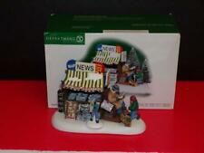 Department 56 Christmas In The City ~ Midtown Newsstand ~ Set 2-Mib