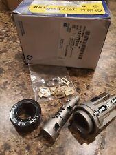 GM OEM-Ignition Lock Cylinder 19178590 captiva sport Saturn vue kit