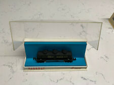 "Vintage N-Gauge Parkway three dome tank car ""Deep Rock"""