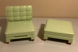 Barbie Doll Furniture - Totally Real - Green Chair with Ottoman - 2005 Mattel