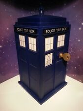 11TH DOCTOR WHO TARDIS LOCKING SAFE WITH KEY ELECTRONIC LIGHT AND SOUND TOY WOW