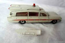 DINKY SUPERIOR CRITERION AMBULANCE EARLY VINTAGE 1960 WITH STRETCHER TWO FIGURES