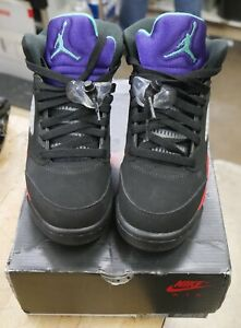 Nike Air Jordan 5 Retro size 4.5  Youth Shoes Black/New Emerald/Red  CZ2989-001