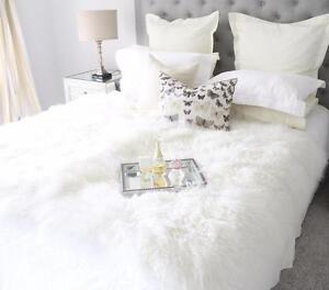 WHITE REAL TIBETAN FUR MONGOLIAN LAMBSKIN SHEEPSKIN HIDE BED THROW BLANKET RUG