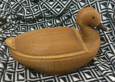 Gorgeous wicker container duck design approx 14 x 7 x 9 ins egg container