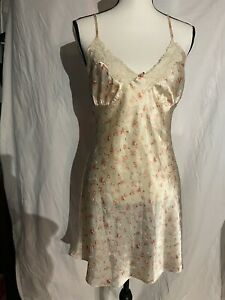 Secret Treasures Satin Chemise Negligee Nightgown Ivory Floral Print Medium