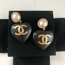 RARE COLLECTOR Chanel CC Logo LARGE Wood Heart Pearl Gold Tone Clip Earrings