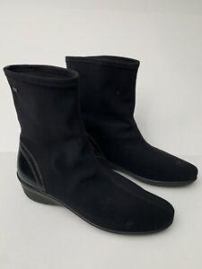 Ecco Gore Tex Womens Ankle Boots Shoes Sz 10.5 / 41 Black Wedge Heel EUC Booties