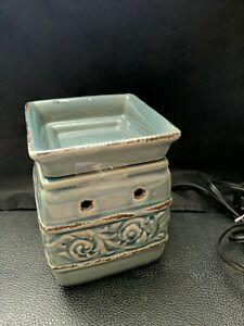 Scentsy Armerina America Full Size Wax Warmer Blue Green Teal Floral