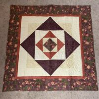 """Quilt Top Table Topper Fall Colors Floral Leaf Stitch Cottage Cabin 31"""" X 31"""""""
