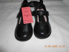 M/&S GIRLS INFANT Black  SCHOOL Shoes WITH FLOWERS velco Size UK 10  BNWT