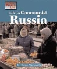 Life in Communist Russia (Way People Live)-ExLibrary