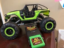 Jeep Rock Crawler Trailcat New Bright 1:14 Model  with battery and charger