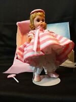 Madame Alexander 1995 Lollipop Munchkin Wizard of Oz Collection 14513 w/ Stand
