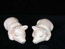 Vintage  Pig Salt and Pepper Shakers    (( FREE SHIPPING ))