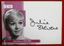 THE AVENGERS - Julie Stevens as Venus Smith, Autograph Card A5 Strictly Ink 2003