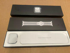 Apple Watch Nike Series 6 GPS + Cellular 40mm - Silver - Aluminium Case With