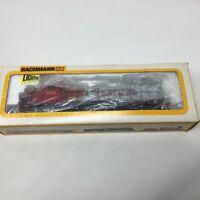 Bachmann Warbonnet EMD GP40 Diesel Santa Fe Locomotive Rd# 6067 HO Original Box