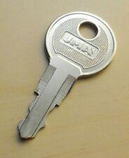 Schlüssel F-592 für Rock-Ola Musikboxen
